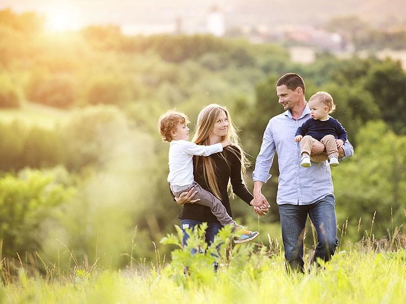 Семья - важнейшее значение в обществе!
