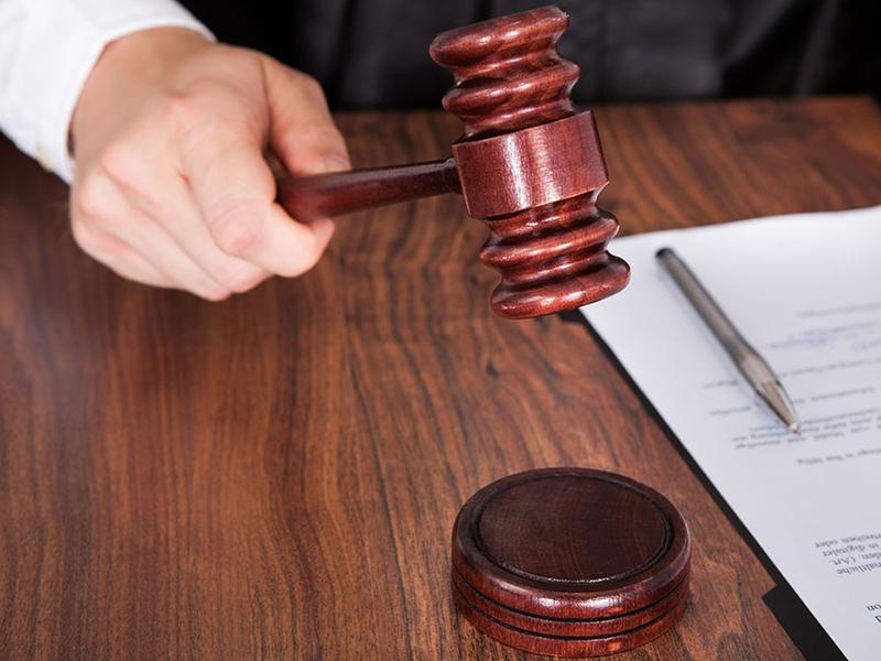 Как коллекторы подделывают заочное решение суда в отношении должников?