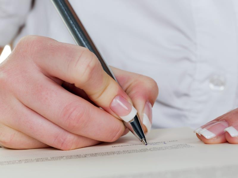 Что лучше составить: Расписку или Договор займа?