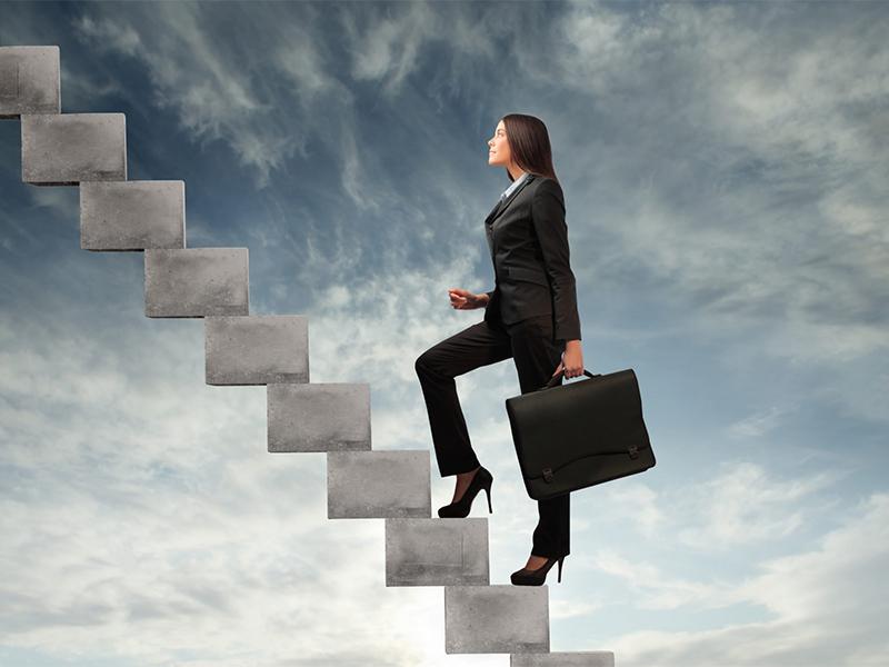 Без этих пунктов, женщина не достигнет карьерного роста
