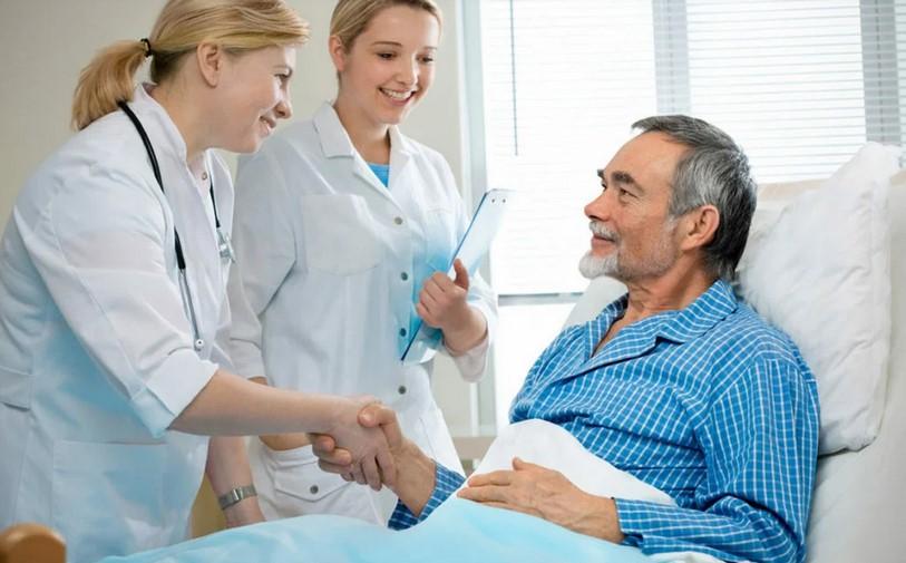 Врачей обязали объяснять пациентам курс лечения