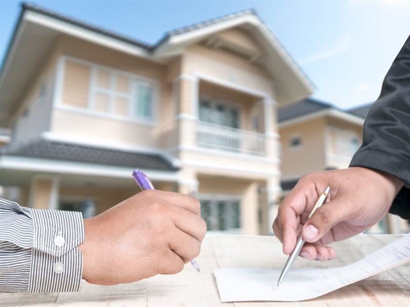 Какие сделки с недвижимостью необходимо заверять у нотариуса
